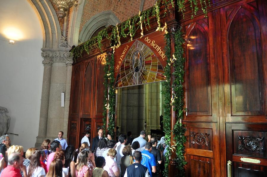 porta_santa_catedral_se06_foto_luciney_martins